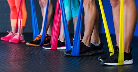 4 easy exercises you can do with resistance bands (with
